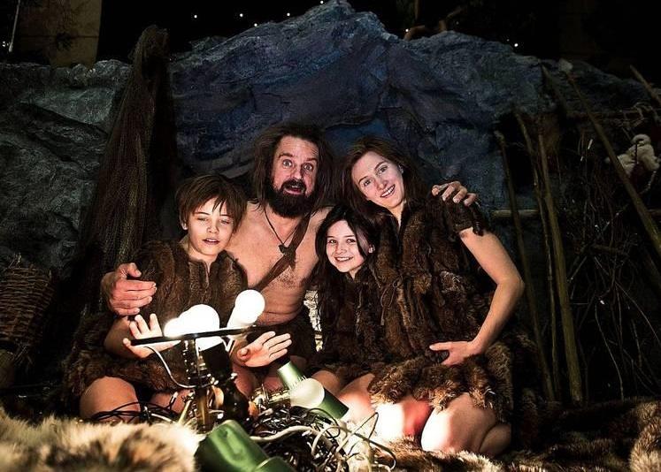 Barna Hedenhös uppfinner julen adventskaender 2013